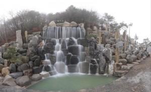 月明洞の滝